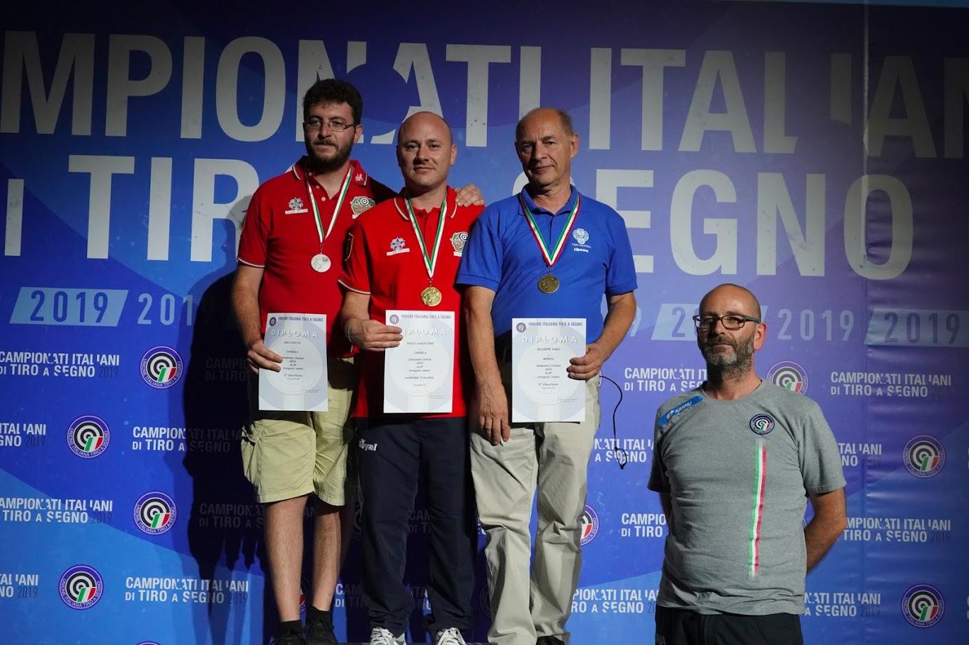 Campionato Italiano carabine a mt 300. Pioggia di ori e podi alla Sezione di Candela