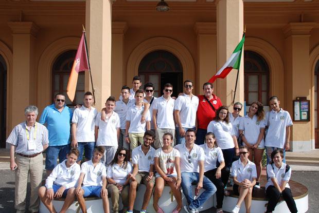 Campionati-Italiani-Giovani-Roma-2013.-Il-gruppo-dei-partecipanti.-(Atleti---Tecnici---Accompagnatori)-rid