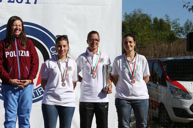 Campionati-Italiani-Senior Milano-2017 La-squadra-di-Carabine-Donne-(De-Gasperis-A---Macali-F---Sansone-M)-2^-in-CST-e-3^-in-C10-e-CS3P-rid