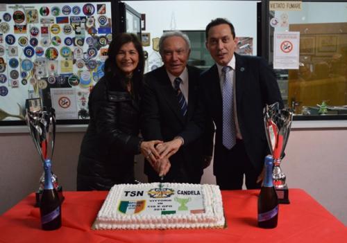Taglio della torta con   Giorgi, il Pres. Flamia e il Segr. de Giusti